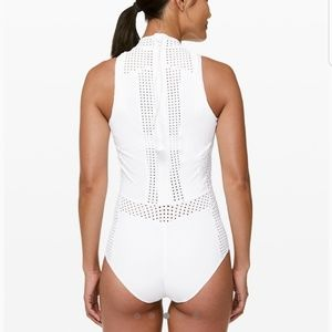 Lululemon beach break paddlesuit
